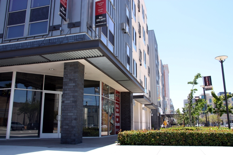 Lofts-at-Promenade-Long-Beach-lofts01.jpg